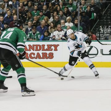Tale of the tape: Stars defense vs Sharks offense