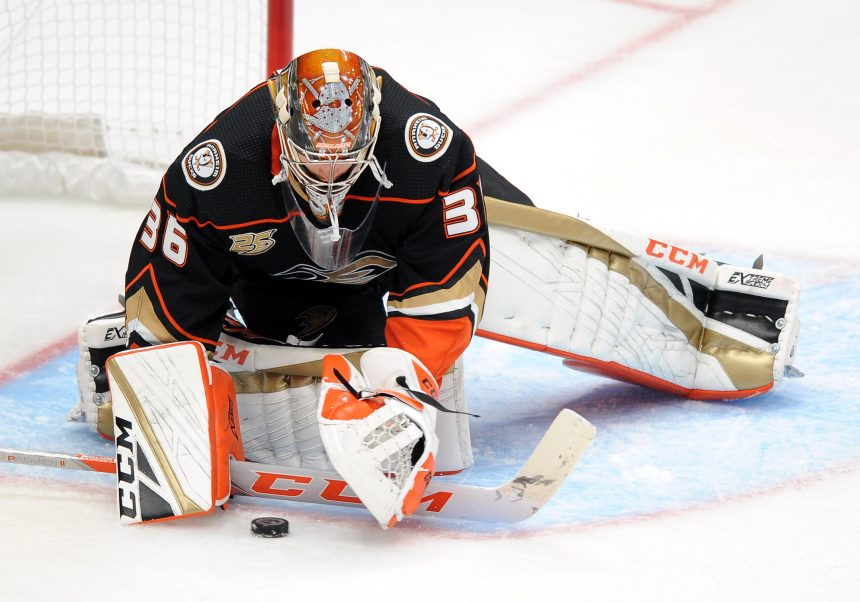 Point Shot: The Ducks Dubious Streak continues