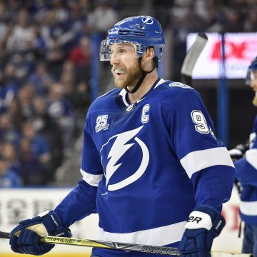 Point Shot: The Lightning make history