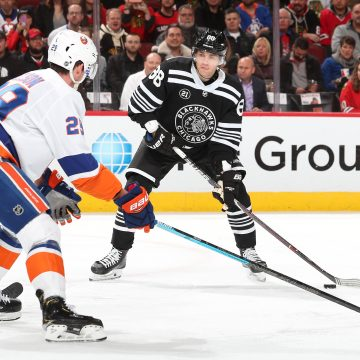 Point Shot: Barzal vs Kane in a Battle of Puck Possession Kings