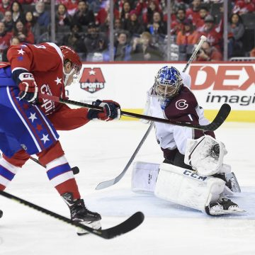Point Shot: Varlamov Steals a Point for Avs