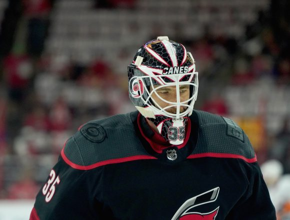 Goalie Controversy, Who Should The Hurricanes Start For Game 3?