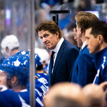 Should Mike Babcock adapt the way Leafs attack / defend?